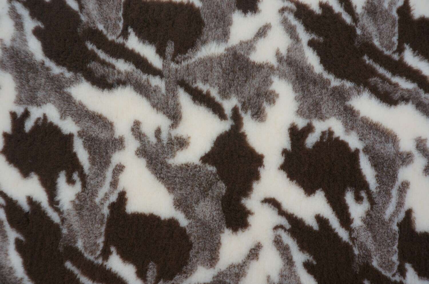 { Single Sheets }  Ultra Premium Non-Slip Backing Original Vet Bedding Fleece : Camouflge : Brown / Sand and Cream - Ref : (6252)