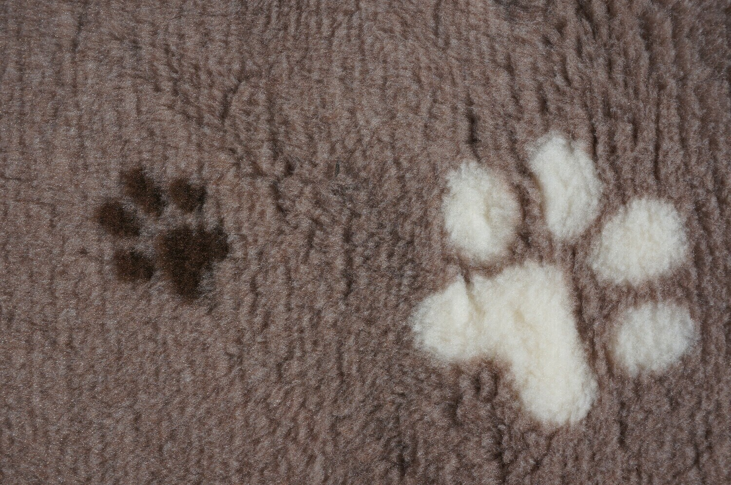 Ultra Premium Big Paw: Light Fawn with Large Cream & Smaller Brown Paws (Ref: 6387)
