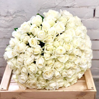 Букет из 101 белой розы
