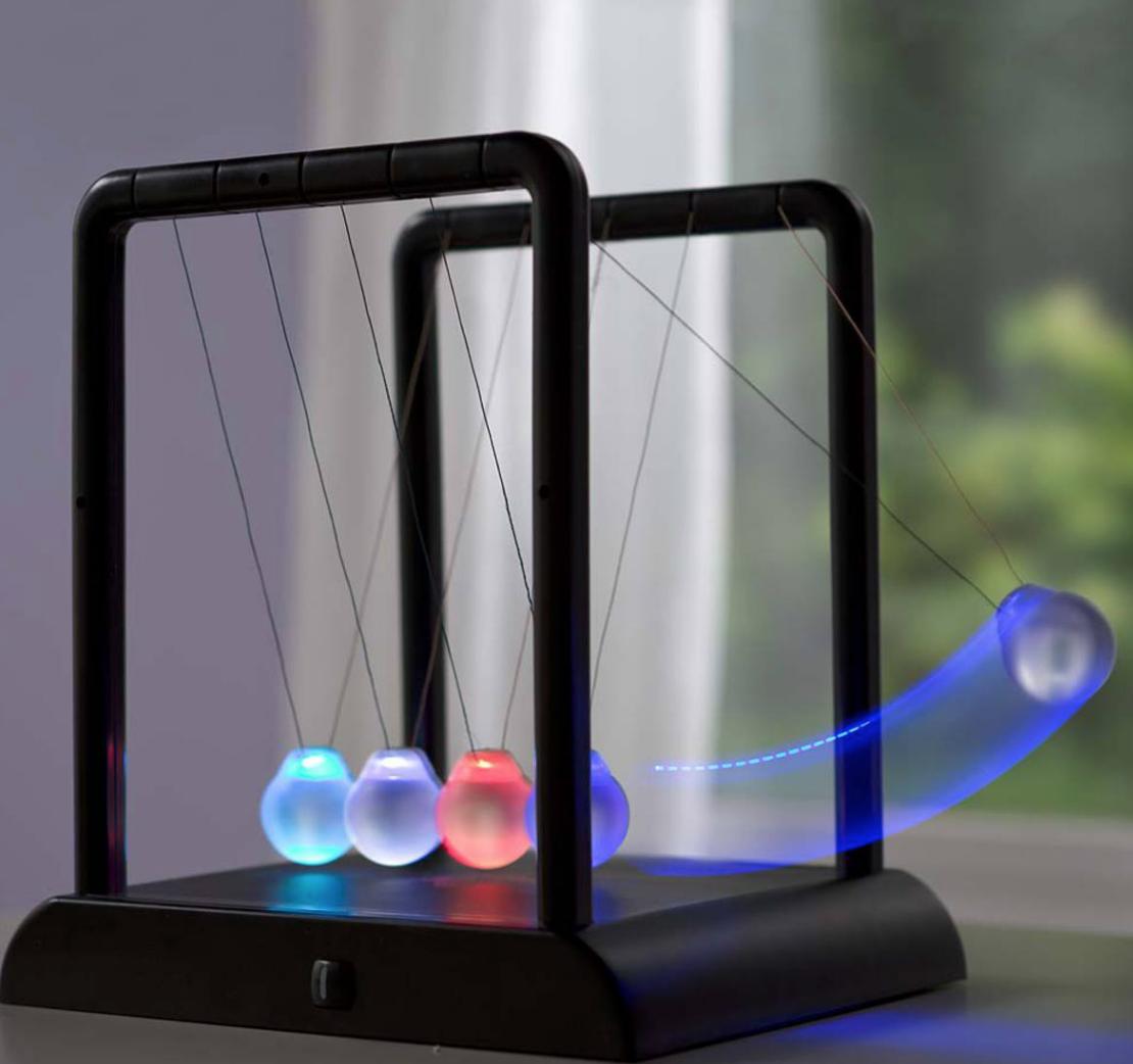 LED Newtons Cradle