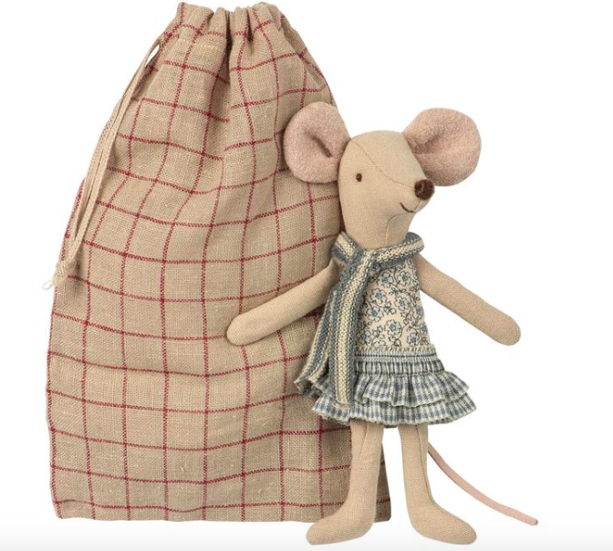 Winter Mouse Big Sister In Bag #8739