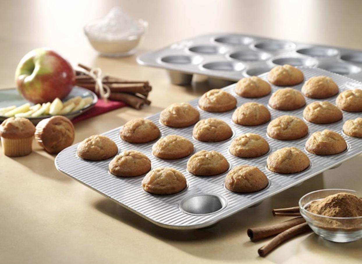 USA 24 Cup Mini Muffin Pan 1222MF