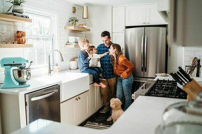 In Home Session (Family, Couples, Maternity) - ̶ $̶4̶2̶5̶ $325 total