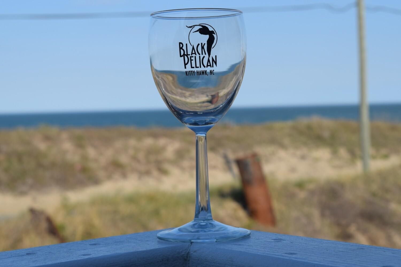 Black Pelican Wine Glass- 8oz