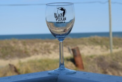 Black Pelican Wine Glass- 8oz