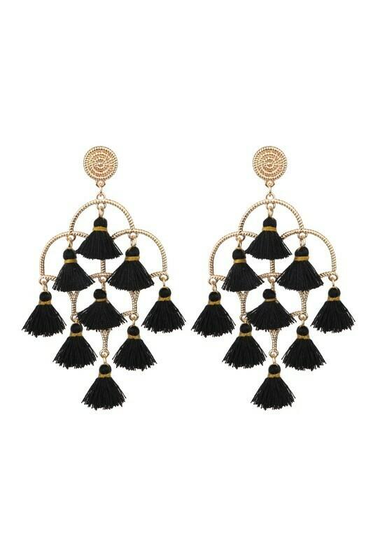 Tassel Earring-Blk