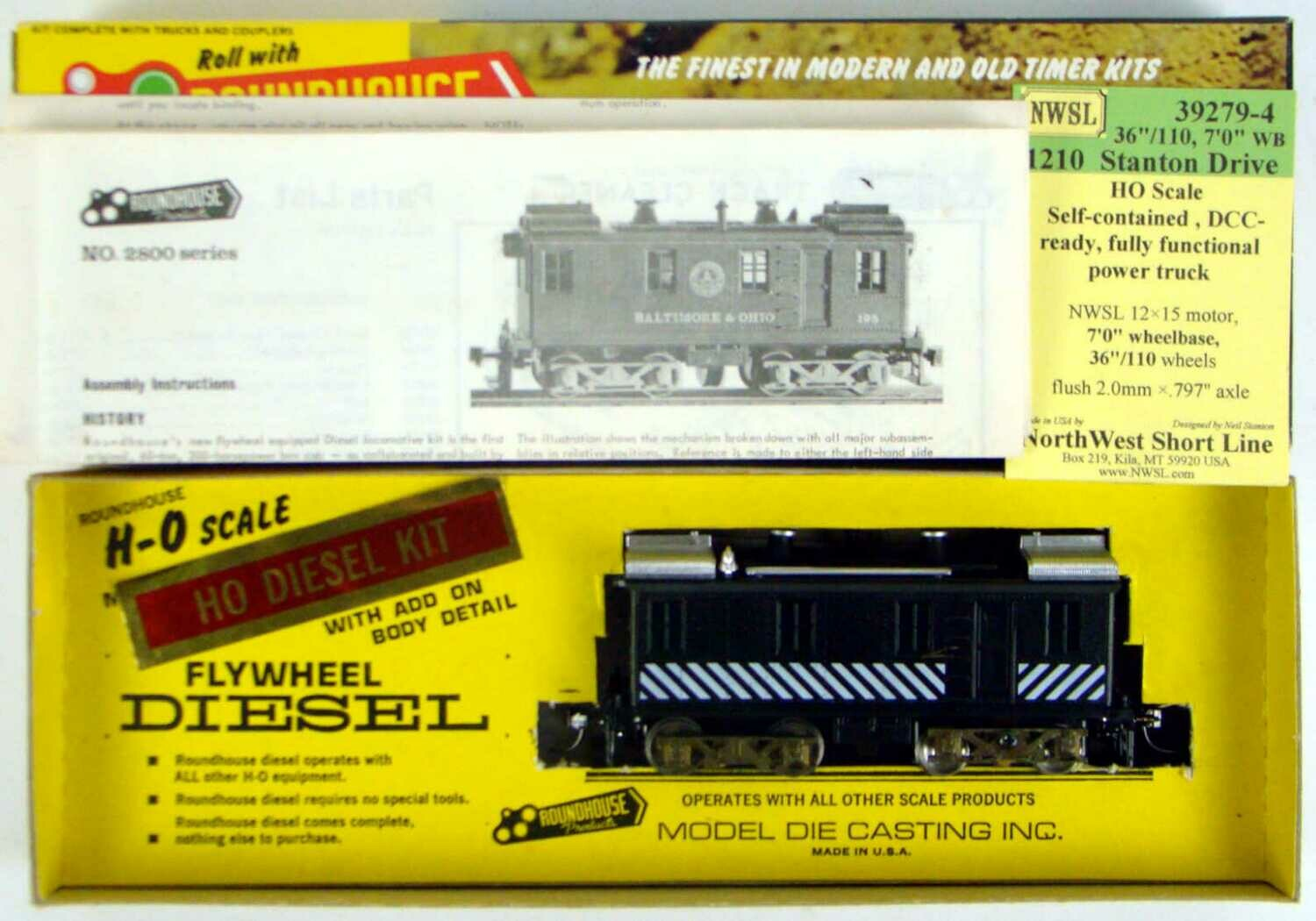 Roundhouse 2811 Unlettered Alco Box Cab Diesel Locomotive Kit HO Scale