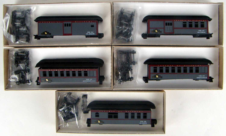 "Custom Factory Quality Show Me Model Railroad Company Central of Missouri ""Comet""  34' Overton 5 Coach Kit Set HO Scale"