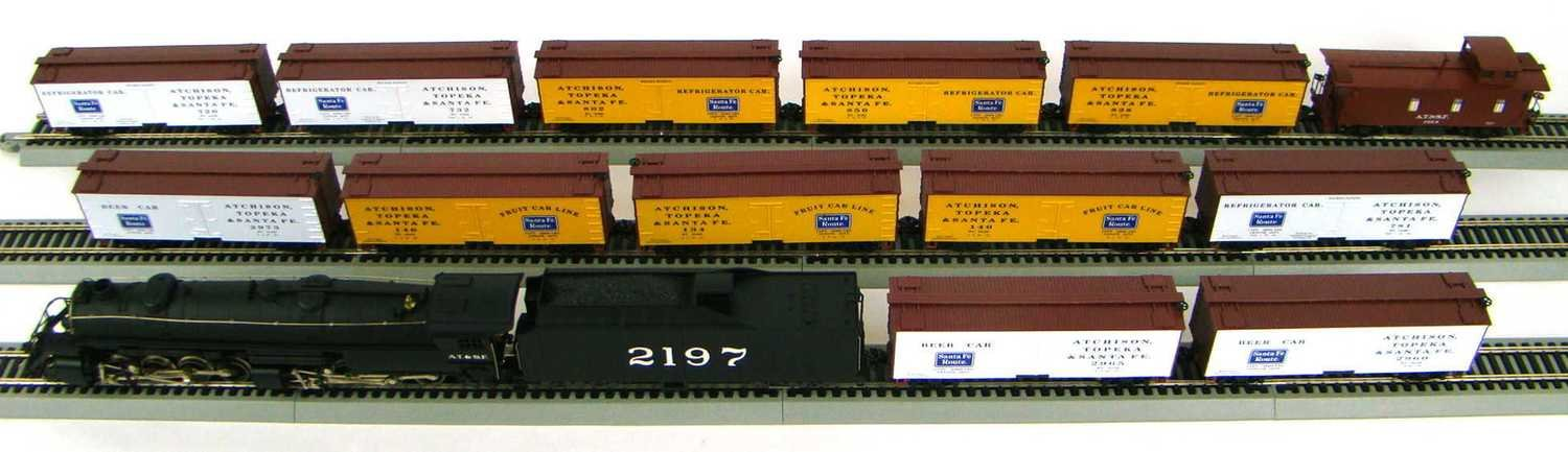 MRRHQ Custom Ultimate AT&SF Freight Set HO Scale