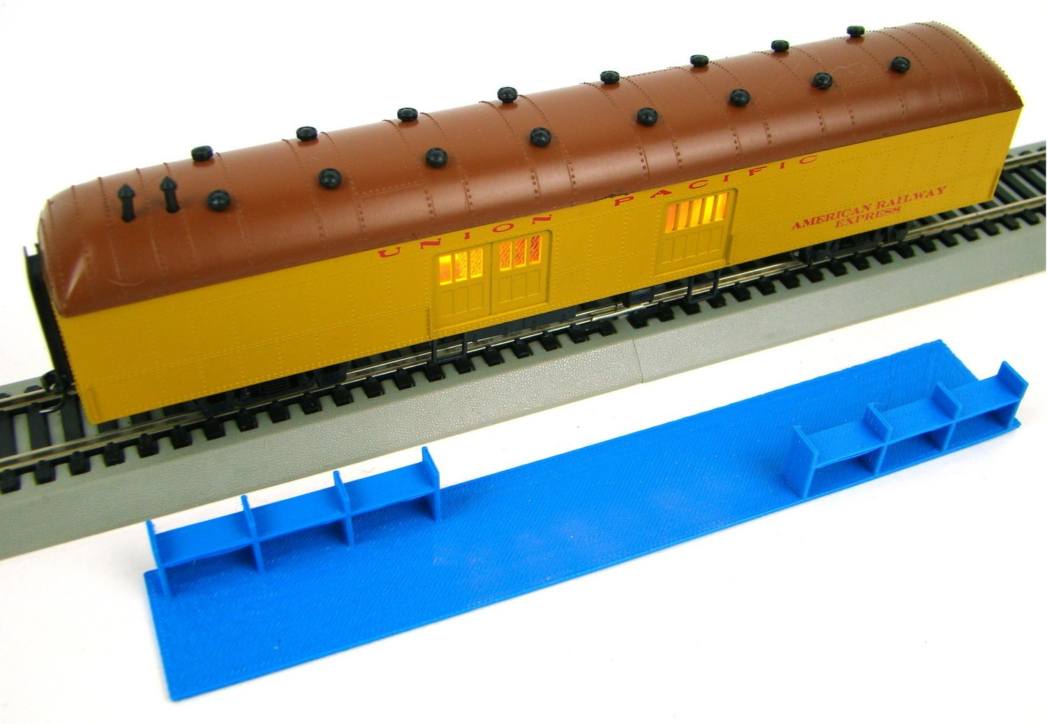 MRRHQ Custom HO Scale Interior for MDC/Roundhouse 60' Harriman Baggage Coach