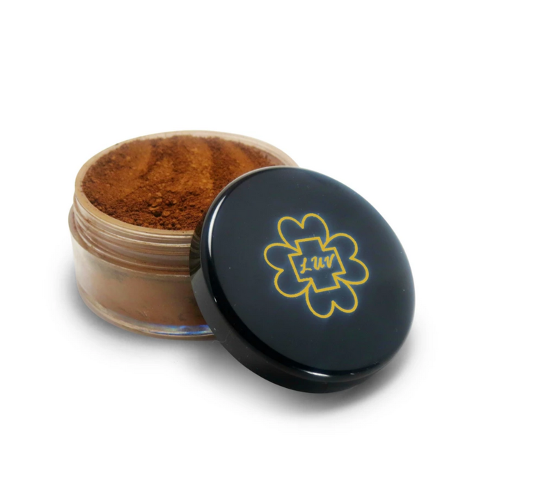 LUV + CO. Melanin Match Mineral Foundation (Luminous)