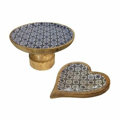 Tortenplatten Set mit Fuss und 1 Knabberteller Herz Mangoholz mit Keramikdekor blau / weiss