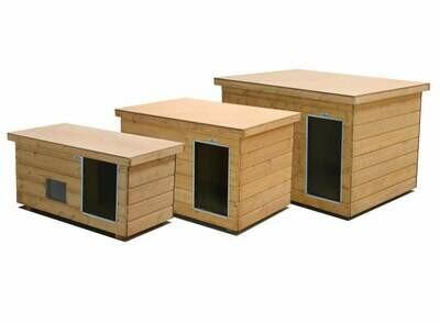 """SAUERLAND Isolierte Hundehütte """"Luxus"""", Flachdach, Fenster, Vorraum, imprägniert, Eingang Längsseite in 3 Grössen"""