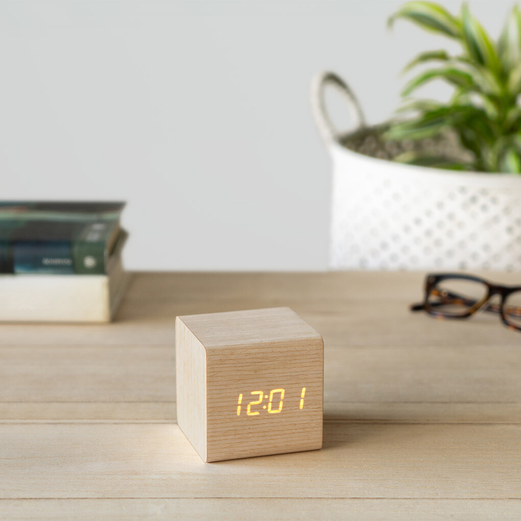 Balvi Wecker LED 7 cm Holzwürfel 2-teilig