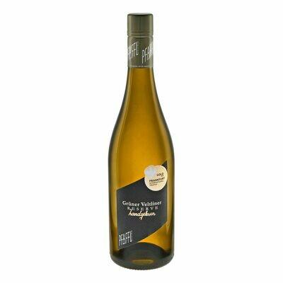 Grosspackung Weingut Pfaffl Grüner Veltliner Reserve 13,5 % vol 6 x 0,75 Liter = 4,5 Liter