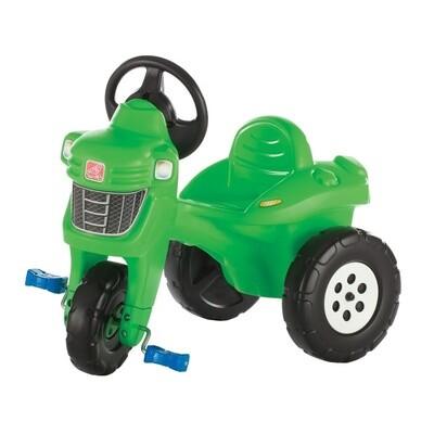 Step2 Tret-Traktor, 3 Räder, grün