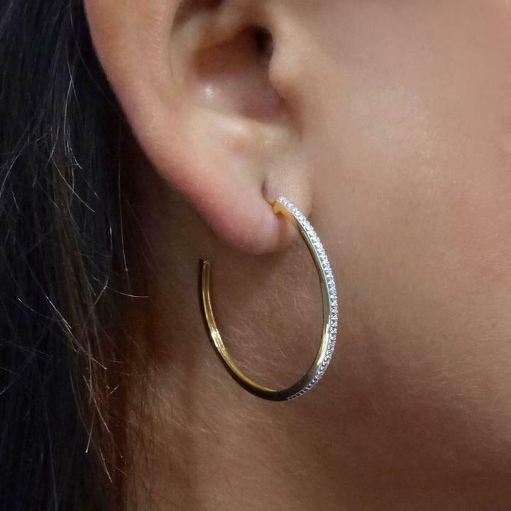 Ella Stein Head Turning Medium Hoop Earrings (Gold)