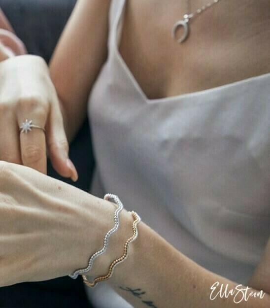 Ella Stein Goes in Waves Cuff Bracelet (Silver)
