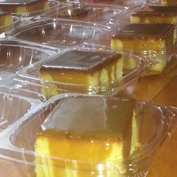 Wholesale Caramel Pound Cakes (15 Slices)