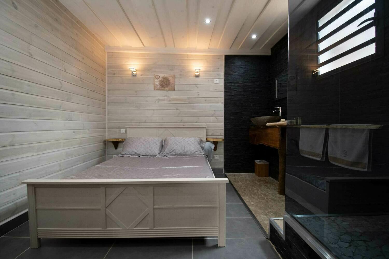 Lodge 1