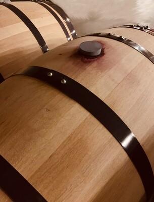 1 gebrauchtes Eichenholzfass (2 bis 3 Belegungen), 225 und 228 Liter - unterschiedliche Tonnelliers