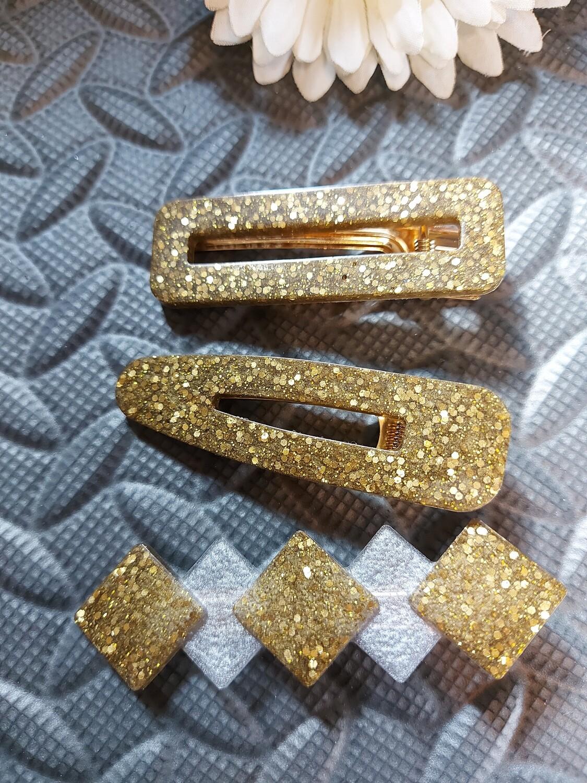 Acrylic resin hair clips