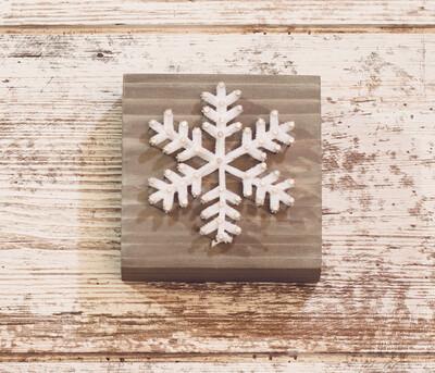 Fuzzy Snowflake 2 String Art Block