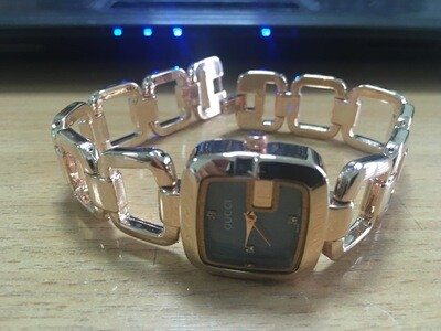 GUCCI beautiful women watch