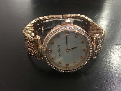 Gucci watch women quartz