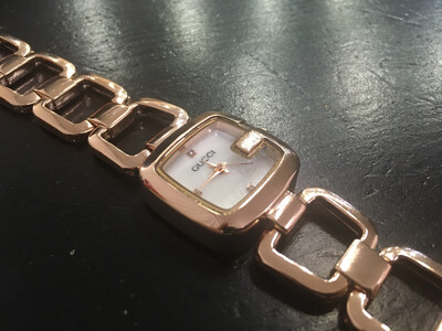 Gucci watch women
