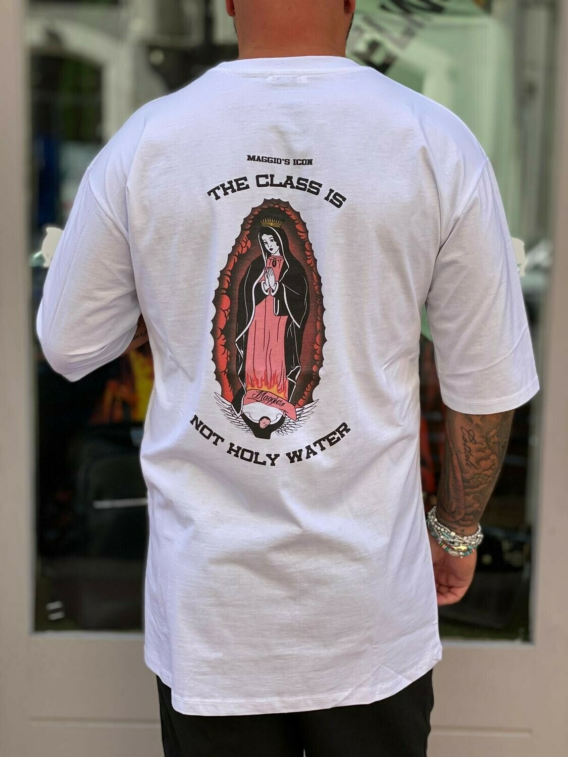 T-Shirt Holy Water