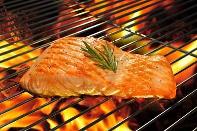 Grilled Scotish Salmon with Artichoke hearts, Caper and Sun-dried tomato, White Wine.