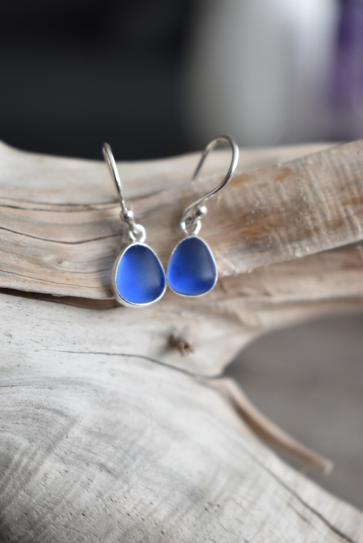 Petite Seaglass Silver Earrings - Saphire Blue