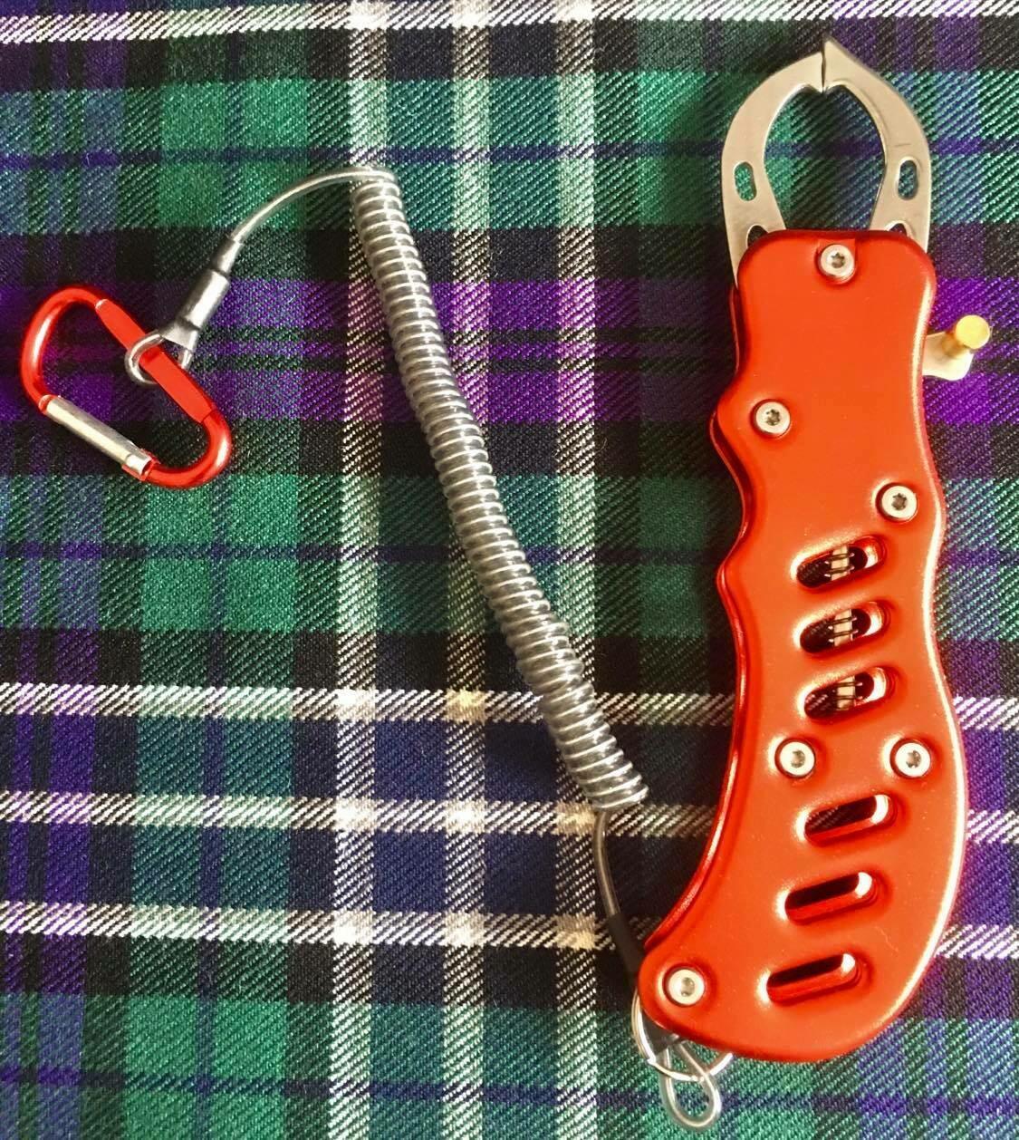 High quality Fish Lip Grip Tool £8.99 inc post