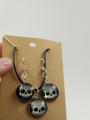 Skull pendant & earrings