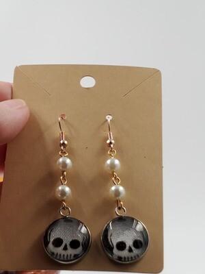 skull & pearl dangle earrings