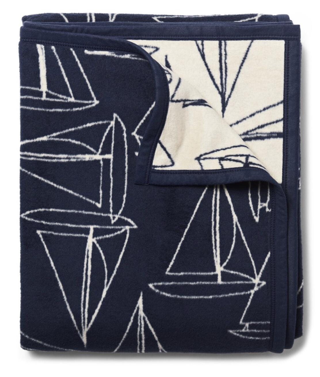 Fair Winds Navy Blanket