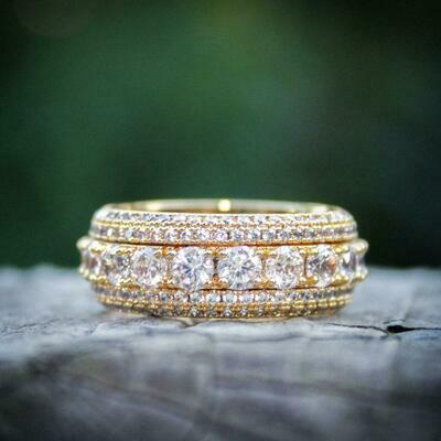 Spinning Layered Diamond Ring