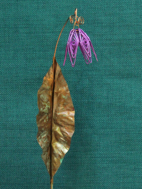 Light Purple Simple Flower Stake