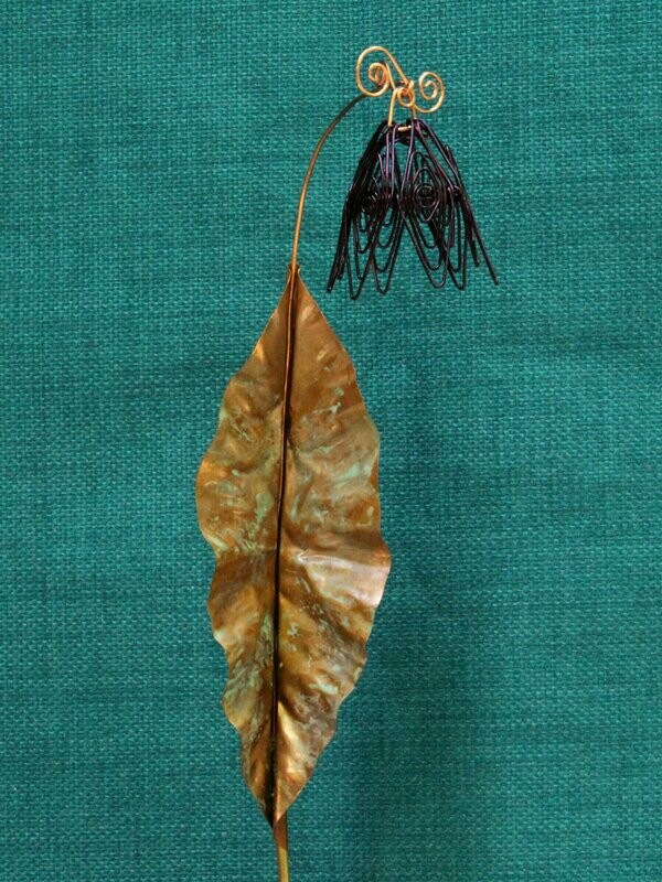 Burgundy Simple Flower Stake