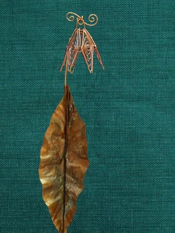 Dusty Rose Simple Flower Stake