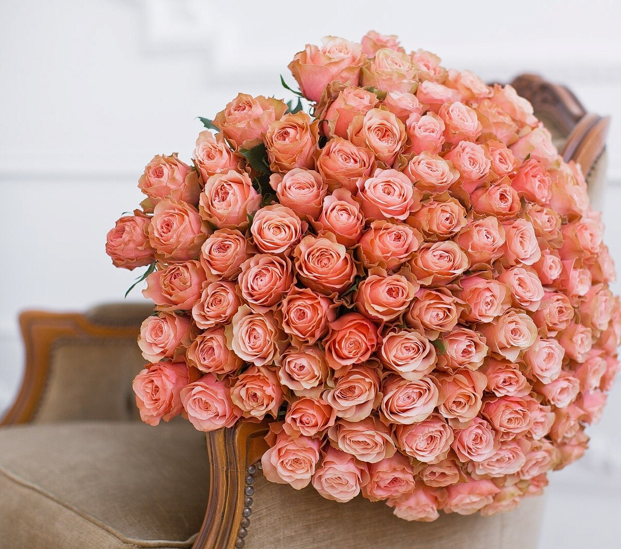 """101 Роза""""Кахала"""" пионовидная"""