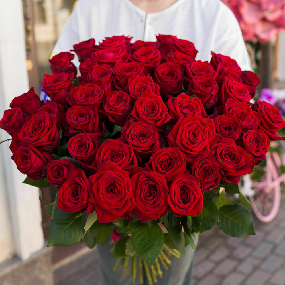 51 красная роза (Россия) Ред Наоми 60 см