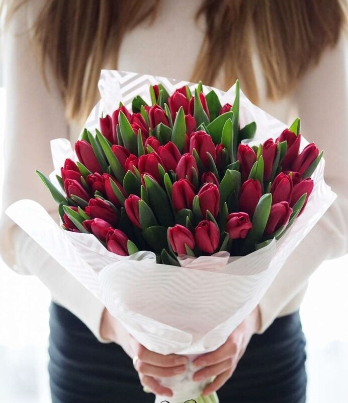 Букет 35 шт тюльпанов