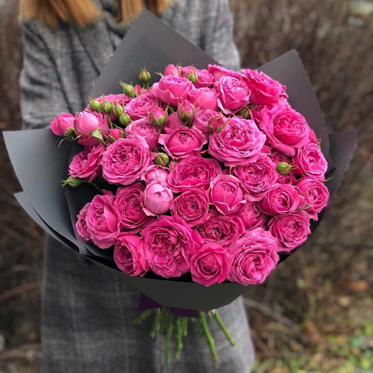 """15 кустовых роз """"Мисти Баблз"""""""