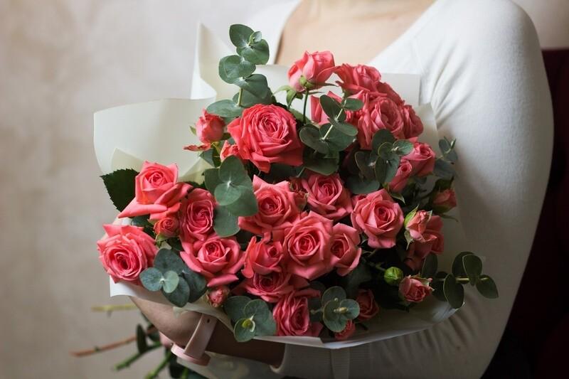 """Букет кустовых роз """"Эстетика"""""""