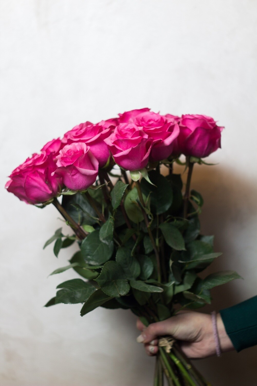 Букет розовых роз 60 см 15 шт 60см