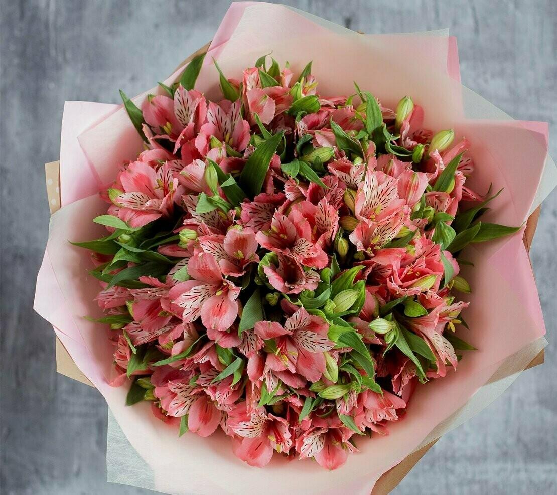 """Букет из розовой альстромерии """"Капелла"""""""