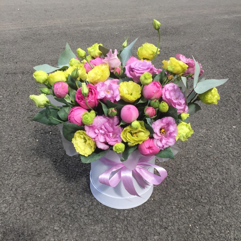 Цветы в коробке «Ребекка»