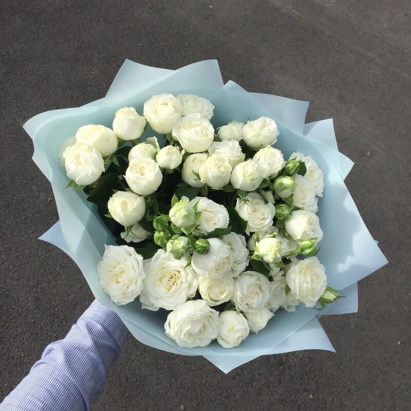 Букет кустовых роз «Ульяна»